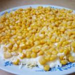 Слой - консервированная кукуруза
