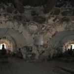 Пушки в бойницах. Соловецкий монастырь.