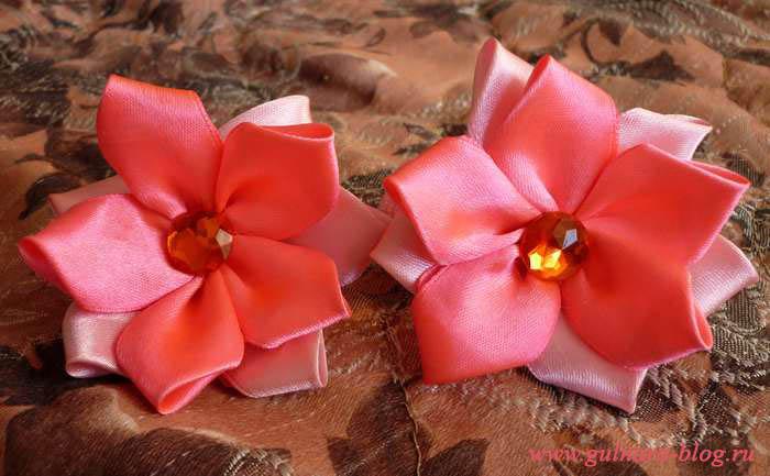 Резиночки с цветами из лент