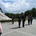 Смена караула у памятника Петру Первому