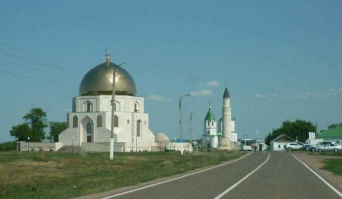 Памятный знак в городище Великие Булгары