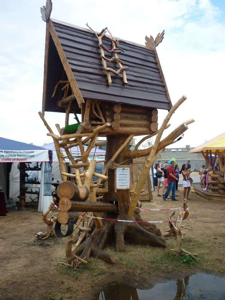 Деревянные строения в Парке Универсиады 2013