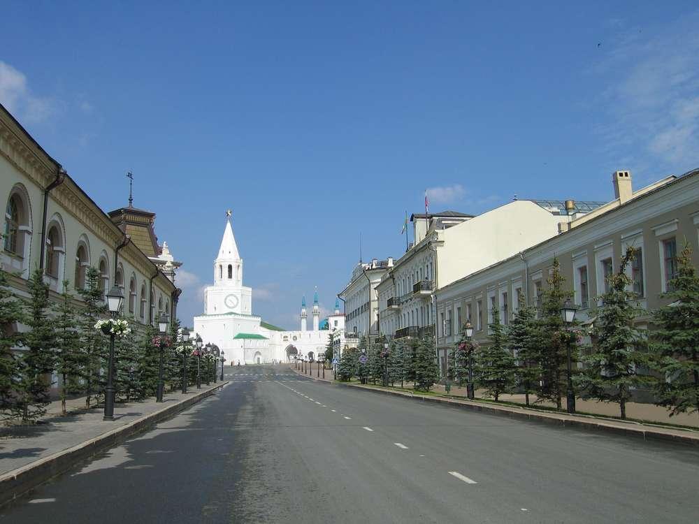 Кремлевская улица в Казани