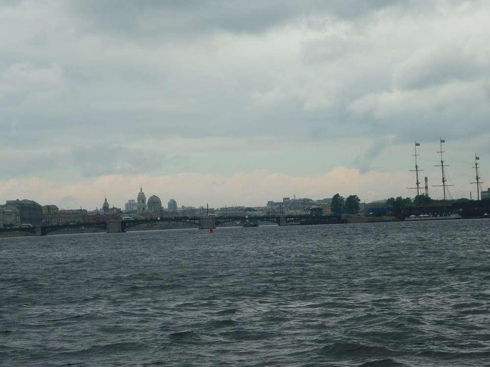 Нева в Санкт-Петербург