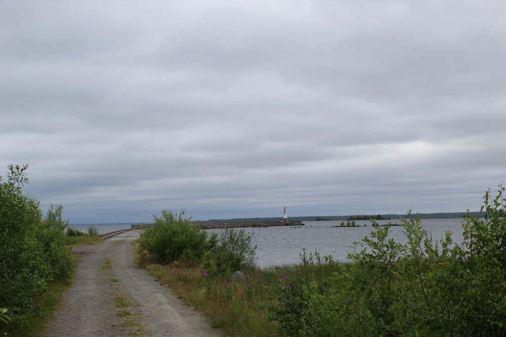 Маяк в д. Повенец на Онежском озере