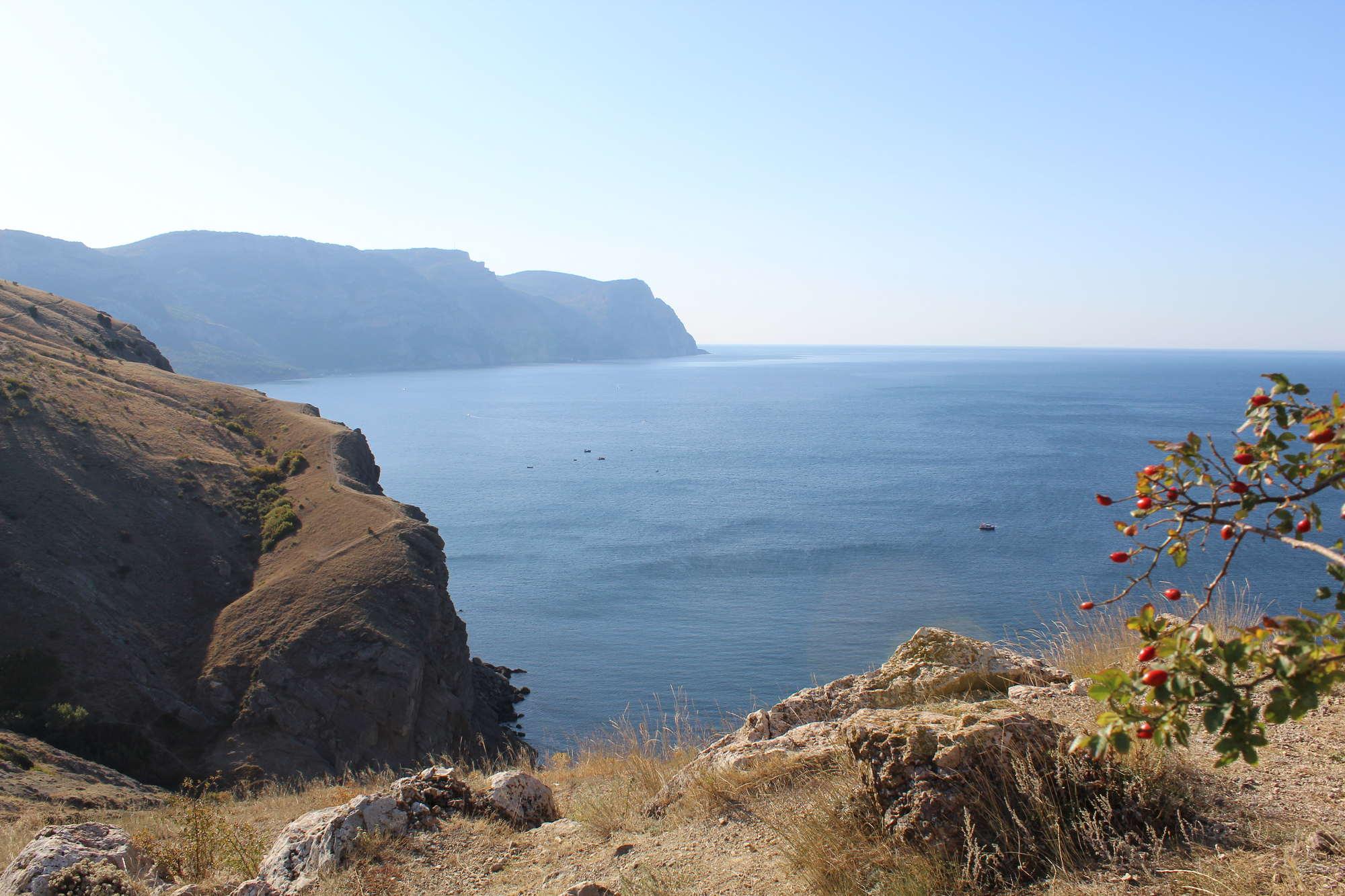 Море в Балаклаве